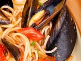 Рецепт Спагетти с мидии в томатном соусе